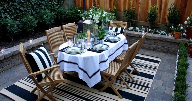 Choose the Right Outdoor Dining Furniture