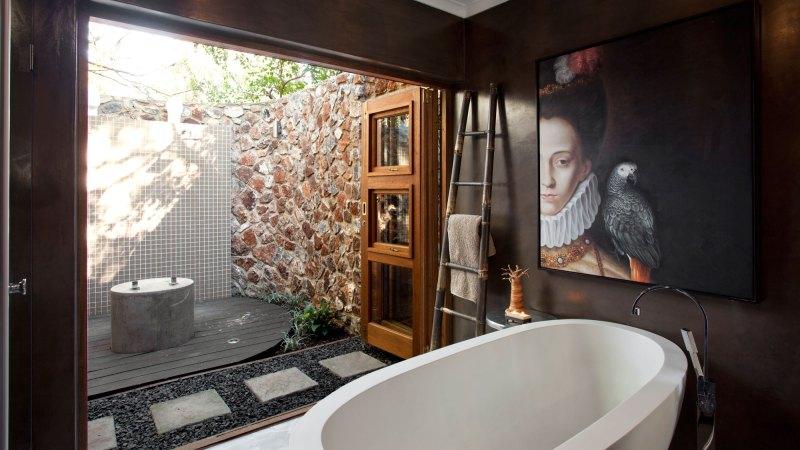 Cosy bathroom design