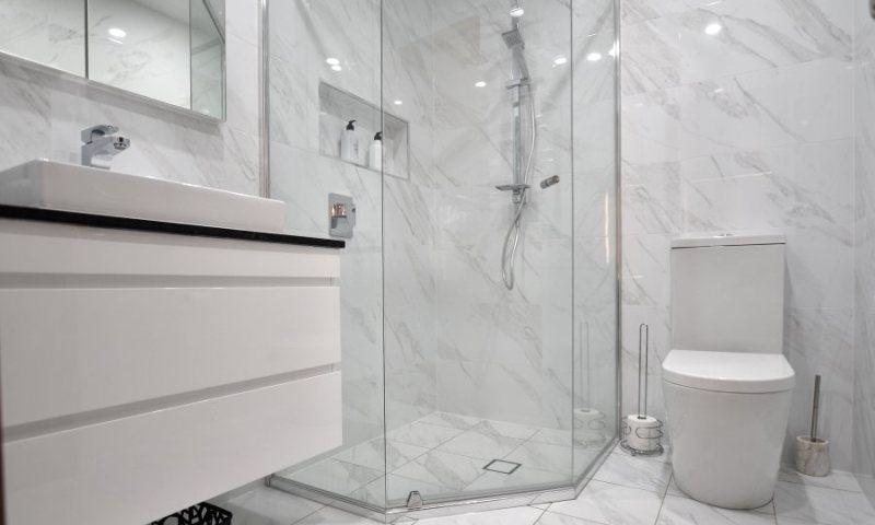 Design your small bathroom