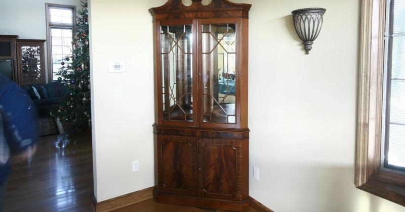 Dining room corner hutch cabinet