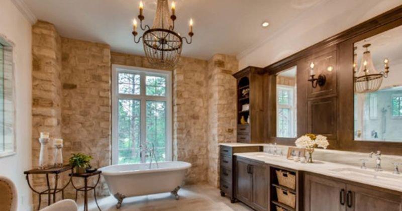 French interior design bathroom