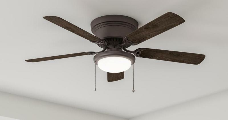 Modern indoor ceiling fan with light