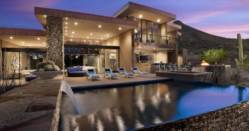 Modern luxury residence