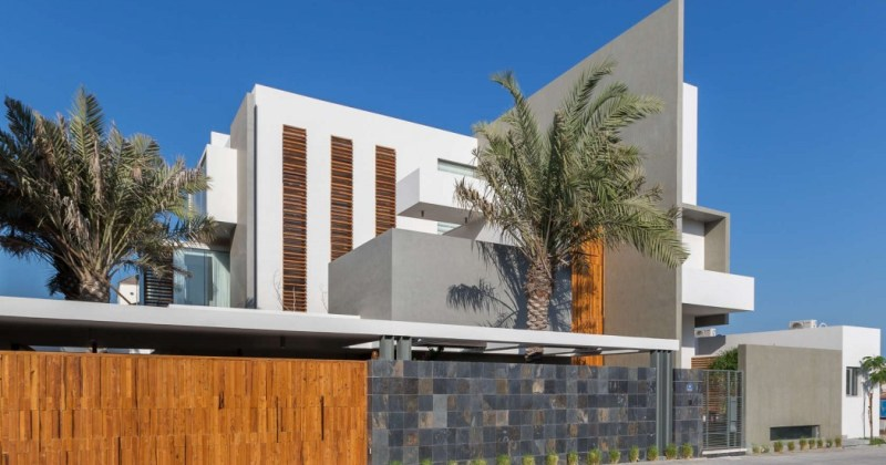 Modern residence amwaj