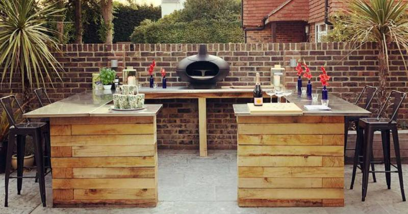 Outdoor bar furniture ideas