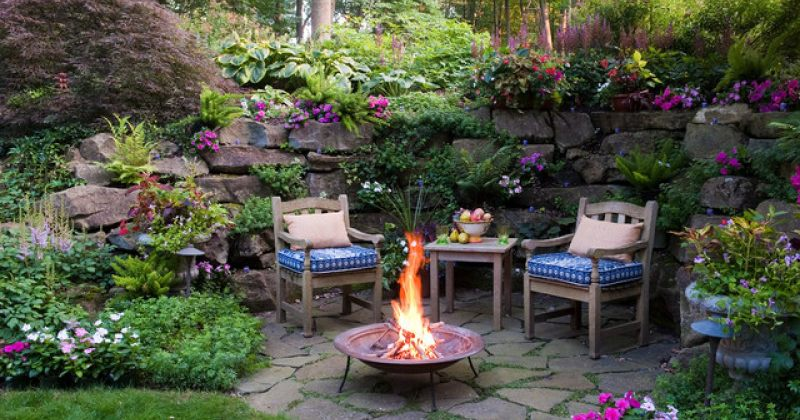 Small outdoor seating area ideas