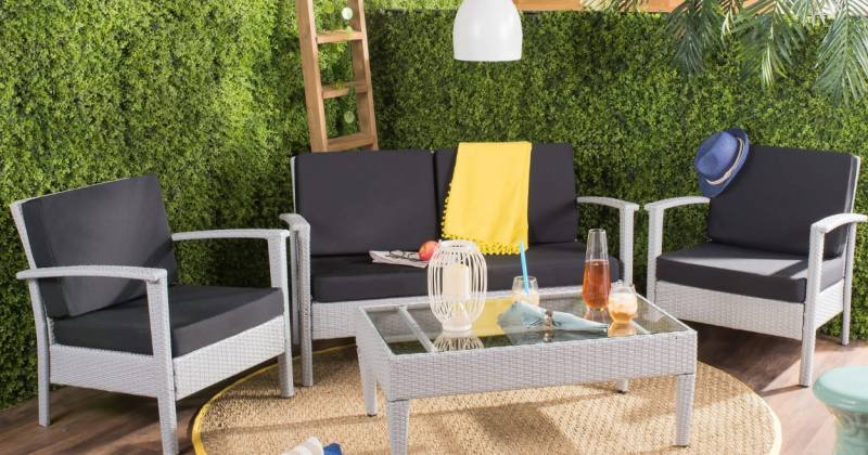 Small outdoor space furniture