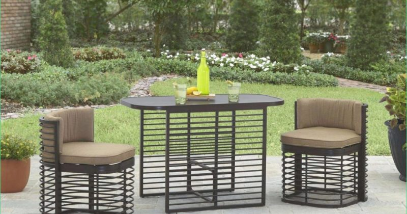 Small space outdoor bistro set