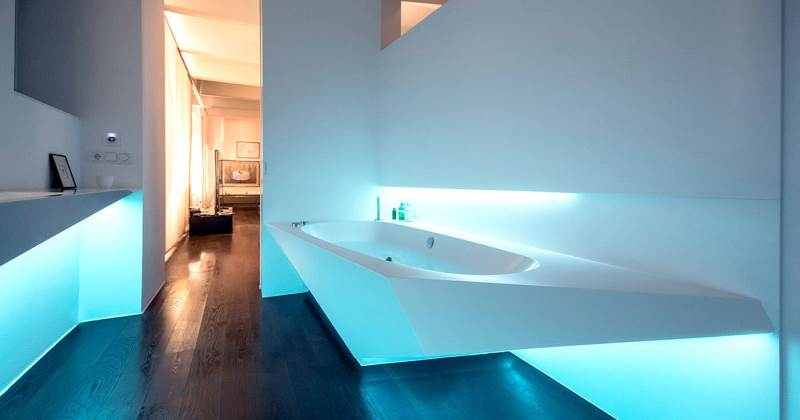 Bathtub futuristic design