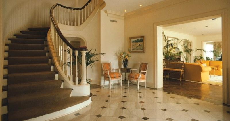 Foyer marble tile ideas
