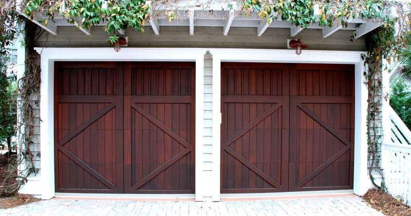 Garage doors design and repair