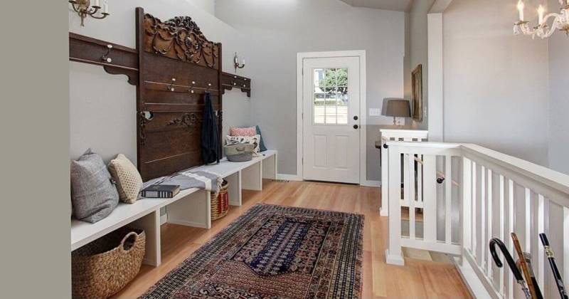 Ideas for mudroom bench