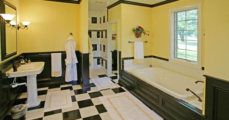 Marble tile design ideas for bathroom