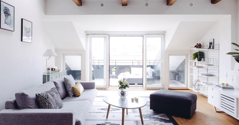 Minimalist interior decor