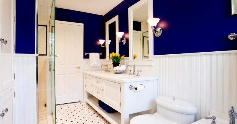 Navy blue small bathroom ideas