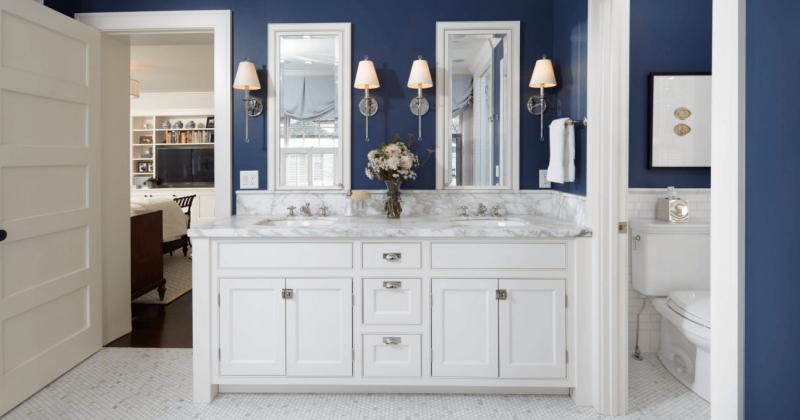 Small bathroom navy blue