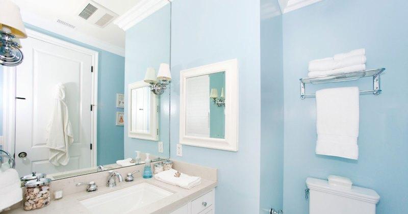 Small blue bathroom ideas