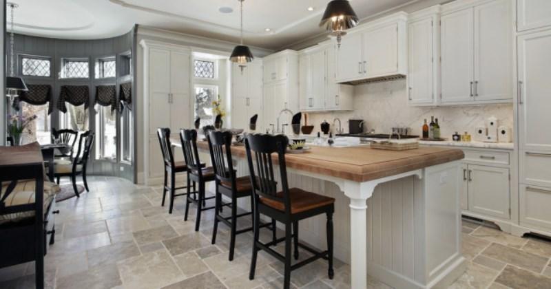 Travertine tile for kitchen floor